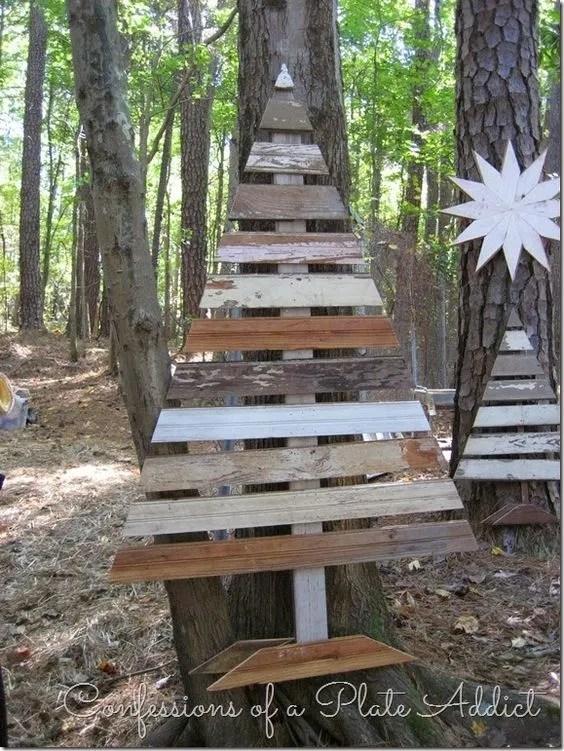 33 Ideas Of Wooden Christmas Tree For Backyard | EcstasyCoffee