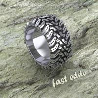 Tread Ring  Silver or Gold | Edde Designs