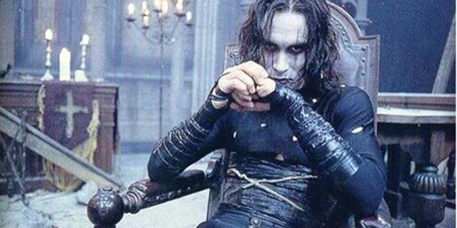 Chantel says Archangel Cassiel is said to resemble Brandon Lee in the film, The Crow. He doesn't do white. (Photo: Wae.Blogs.Starnewsonline.com)