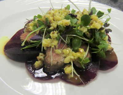 Roe dear fillet, beetroot and hazelnut dressing