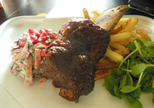 Hectors: Pub grub and a warm welcome