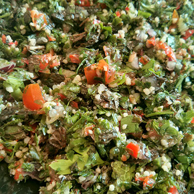 Tabouleh made just the way I like it.. Deliveroo delivers from Meze Meze