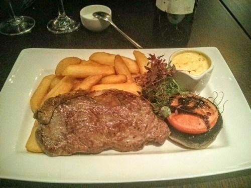 Sirloin steak and chips