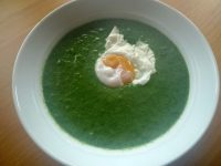 Spinach soup makes me happy and injects much needed colour on a grey winter's every-day.