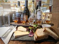 Cheese and whisky pairing: look at those bottles! This will be exciting.