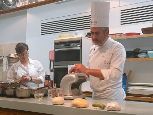 Chef Ruisi demonstrates #Extraordinary Italian Taste