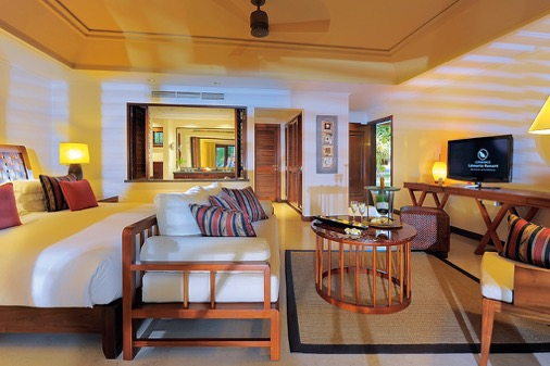 lemuria-seychelles-junior-suite-1