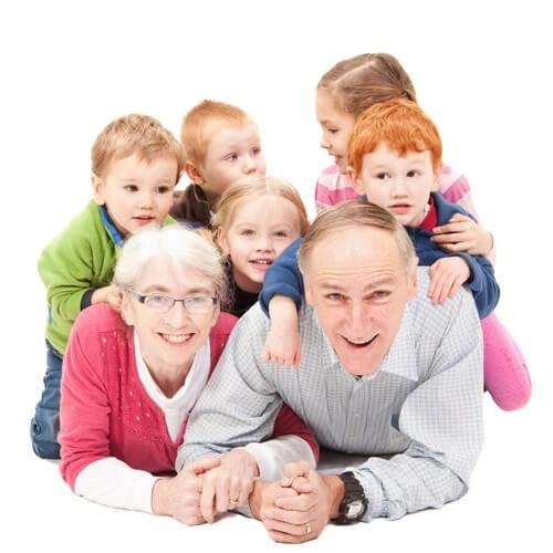 shutterstock 82201534 Escuela de padres: La importancia de los abuelos para el crecimiento de los niños