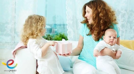 La llegada de un nuevo bebé: cómo evitar los celos