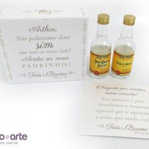 Garrafinha de vidro 50ml + Caixinha + Convite aos padrinhos