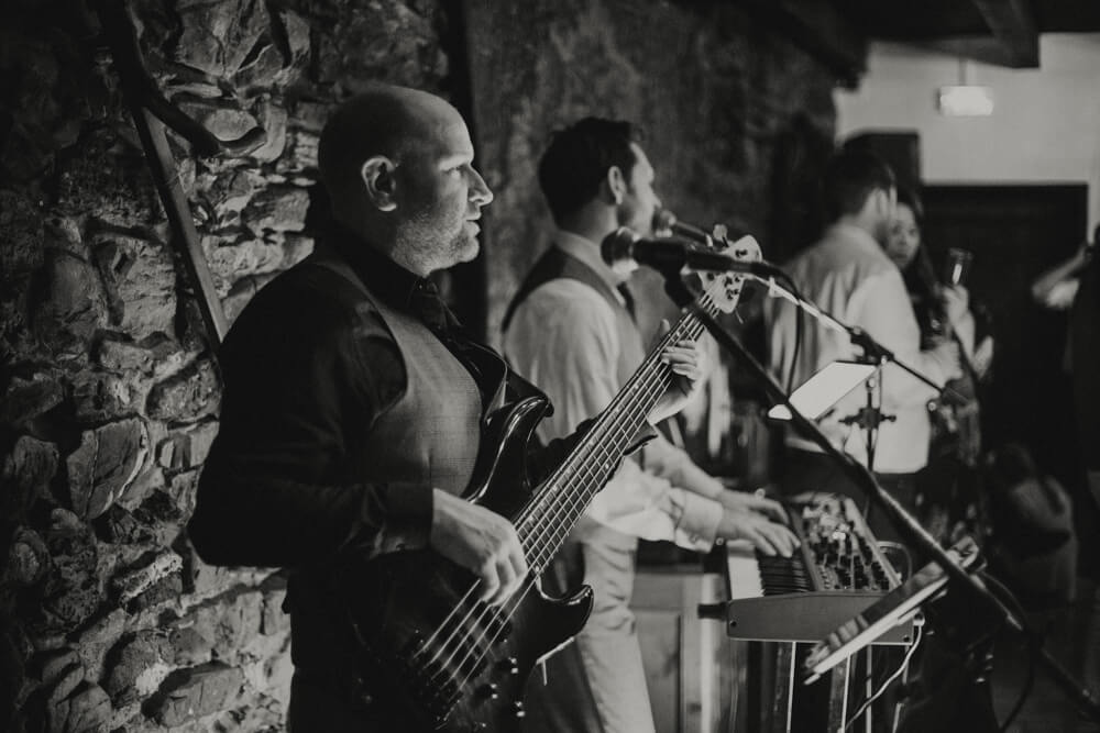 9 Essential Questions You Should Ask Your Wedding Music Band