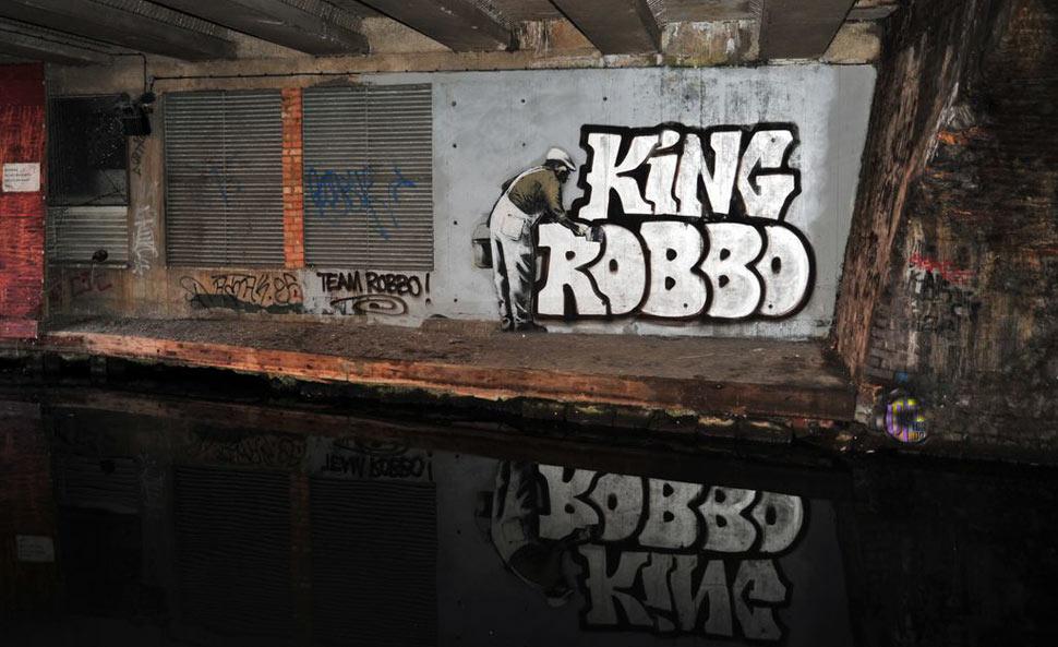 Red And Black Graffiti Wallpaper Banksy Robbo London Water Ukingdom Graffiti