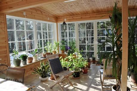 Parfönsterdörr med wienerspröjs och fasta fönster
