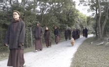 Zen Master ティク・ナット・ハンの教え 〜マインドフルネスの基本、歩く瞑想動画〜