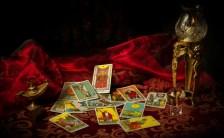 茶々丸が読み解くタロットの世界 ~神秘的な力を持つ女教皇、リバースで豹変!?〜