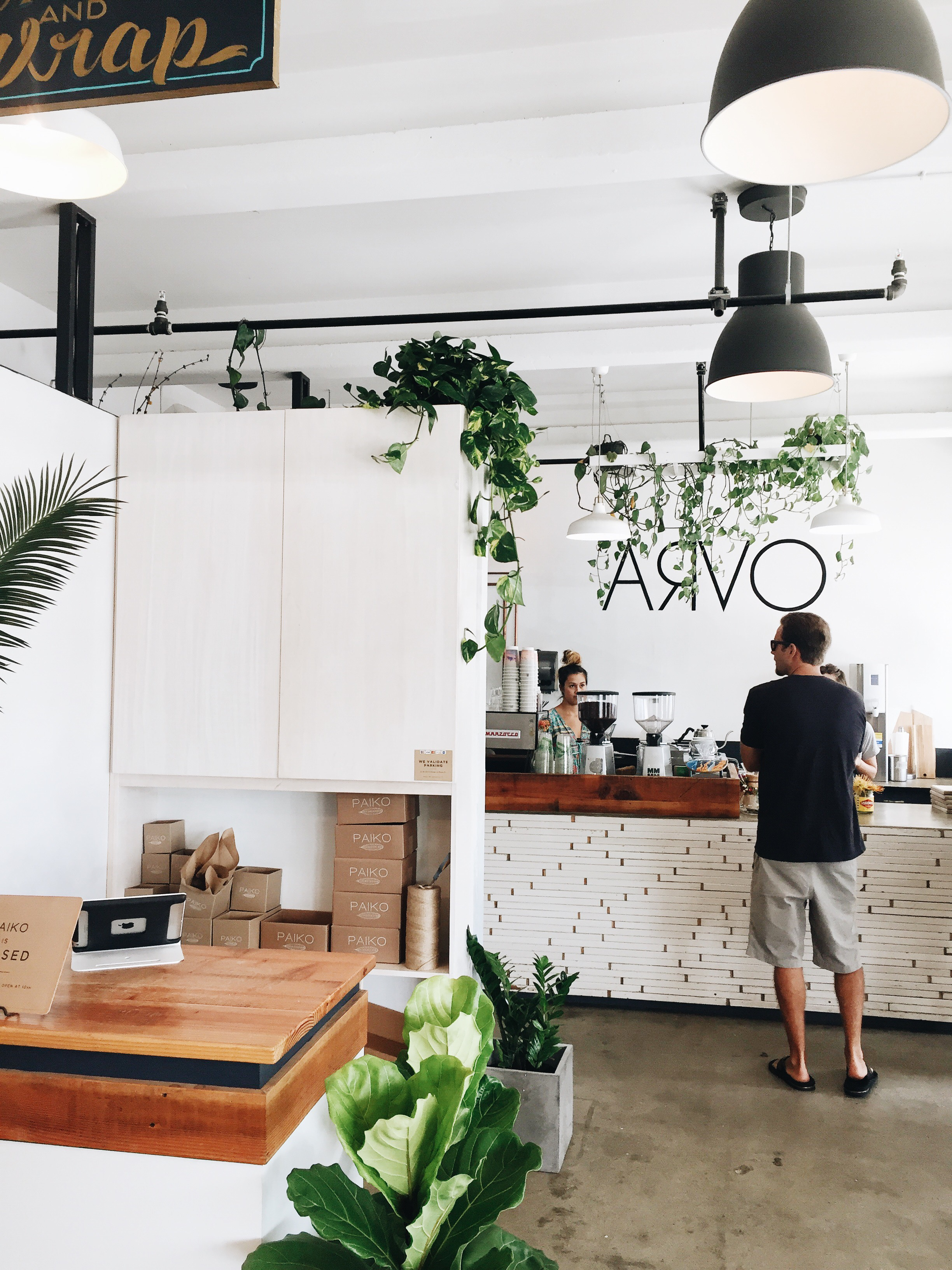 Arvo Coffee | Travel Guide To Oahu, Hawaii | Best Coffee Shops on Oahu | Coffee In Hawaii via @elanaloo + elanaloo.com