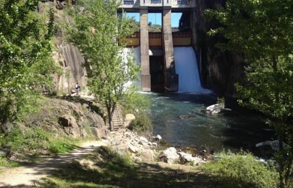 Imagen del salto de la fuente del Azufre. QUINITO