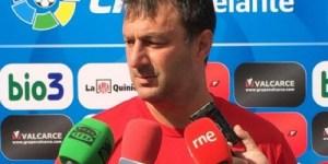 Manolo Díaz, técnico de la Deportiva(Imagen: SD Ponferradina)