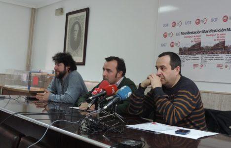 Representantes sindicales convocando la manifestación en los medios de comunicación