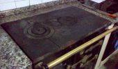 Imagen de archivo de una cocina tradicional de carbón