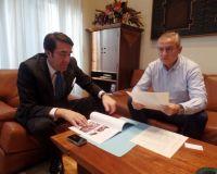 Alcalde Palacios del Sil con subdelegado