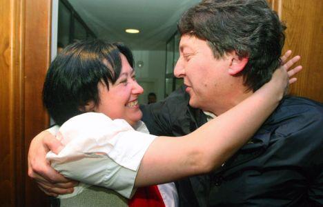 Marqués y Folgueral tras la victoria del segundo en 2011, cuando aún pertenecía al PSOE (C. Sánchez)