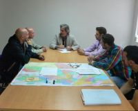 Muñoz e Iván Alonso durante su reunión con los trabajadores