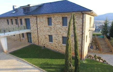 Imagen de la casa de Moral Santín en Villafranca. Cinco Días
