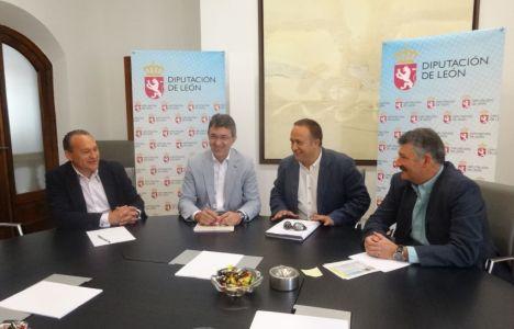 El presidente de la Diputación se reunió con Courel, Arias y Calvo