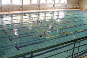 Imagen de la piscina cubierta del Campus (ULE)