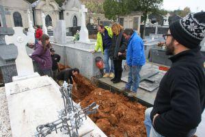 La familia de los asesinados siguen la búsqueda de los restos (César Sánchez)