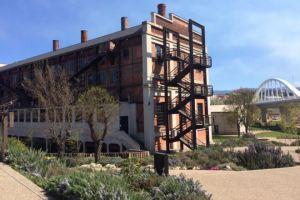 Vista exterior de La Fábrica de Luz. Museo de la Energía.