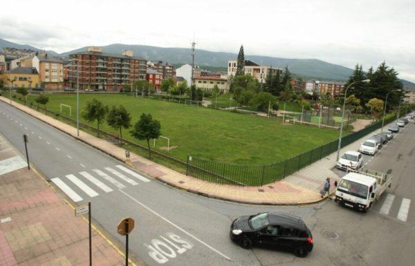 Terrenos donde se construirá el nuevo centro de salud de Bembibre (C. Sánchez)