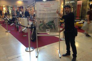El berciano presenta su exposición en Barcelona