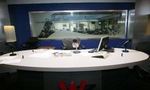 28 estudio de radio