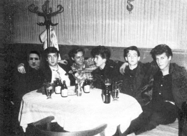 Warum nicht auf ein Pläuschen mit den Beatles ins Jahr 1961 reisen?