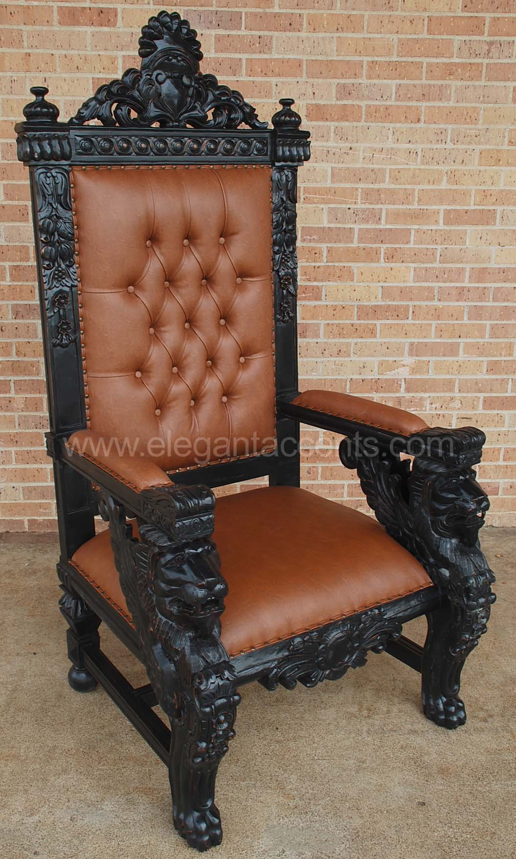Winged lion throne chair black