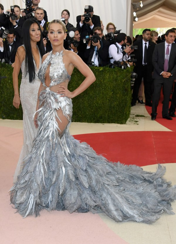 """NEW YORK, NY - MAY 02: Recording artist Rita Ora attends the """"Manus x Machina: Fashion In An Age Of Technology"""" Costume Institute Gala at Metropolitan Museum of Art on May 2, 2016 in New York City. Larry Busacca/Getty Images/AFP"""