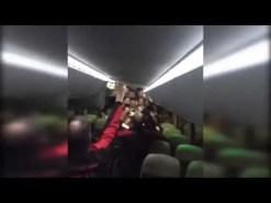 Gran celebración de los jugadores del Granada CF en el autobús (Vídeo)