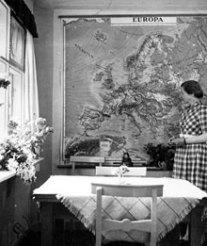 Elin framför Europakartan