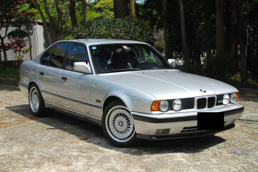 E34 BMW M5 36 litre S38B36 engine Note original alloy wheel - cover note