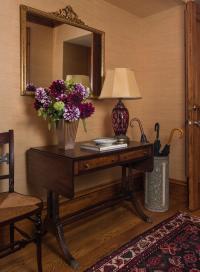 Antique Furniture - Elizabeth Swartz Interiors