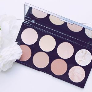 Ultra contour palette from Makup Revolution! I really love thehellip