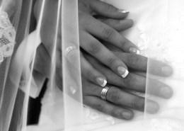 Hochzeit mittel