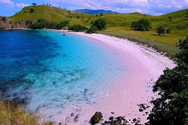 Pink Beach 1
