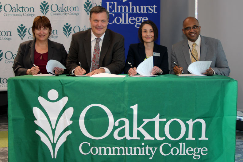 Elmhurst College Signs Transfer Agreements With Oakton Community