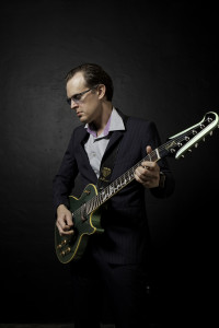Playing In The Fall Wallpaper New Joe Bonamassa Album Due Out This Fall Elmore Magazine