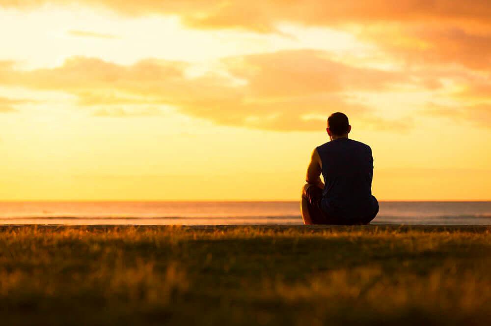 Sad Girl Sitting Alone Hd Wallpapers La Soledad Es Contagiosa Y Afecta Lo Mismo A Adultos Que A