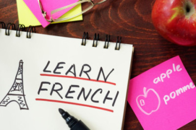 When looking for the right tools to learn French, don't forget the most important: commitment.