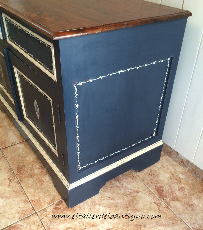 13-Pintura-decorativa-en-un-mueble-ingles